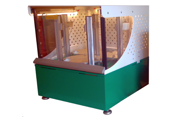 Torsions-Kabelprüfmaschine Typ 230: Torsionsprüfung für Kabel und Draht Frontansicht